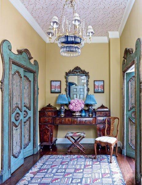 Фотография: Прихожая в стиле Восточный, Эклектика, Декор интерьера, Дизайн интерьера, Декор, Цвет в интерьере – фото на INMYROOM