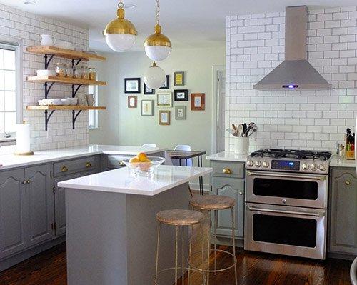 Фотография: Кухня и столовая в стиле Лофт, Скандинавский, Классический, Мебель и свет, Переделка – фото на INMYROOM