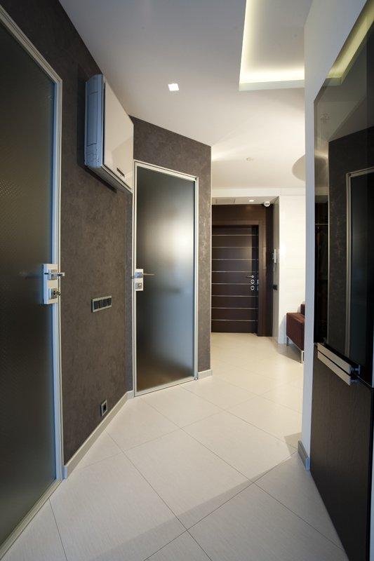 Фотография: Прихожая в стиле Хай-тек, Декор интерьера, Декор дома – фото на INMYROOM