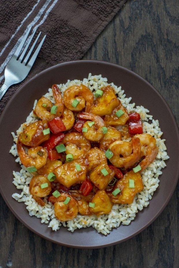 Фотография:  в стиле , Основное блюдо, Жарить, Кулинарные рецепты, 30 минут, Азиатская кухня, Просто, Креветки, Ананас – фото на INMYROOM