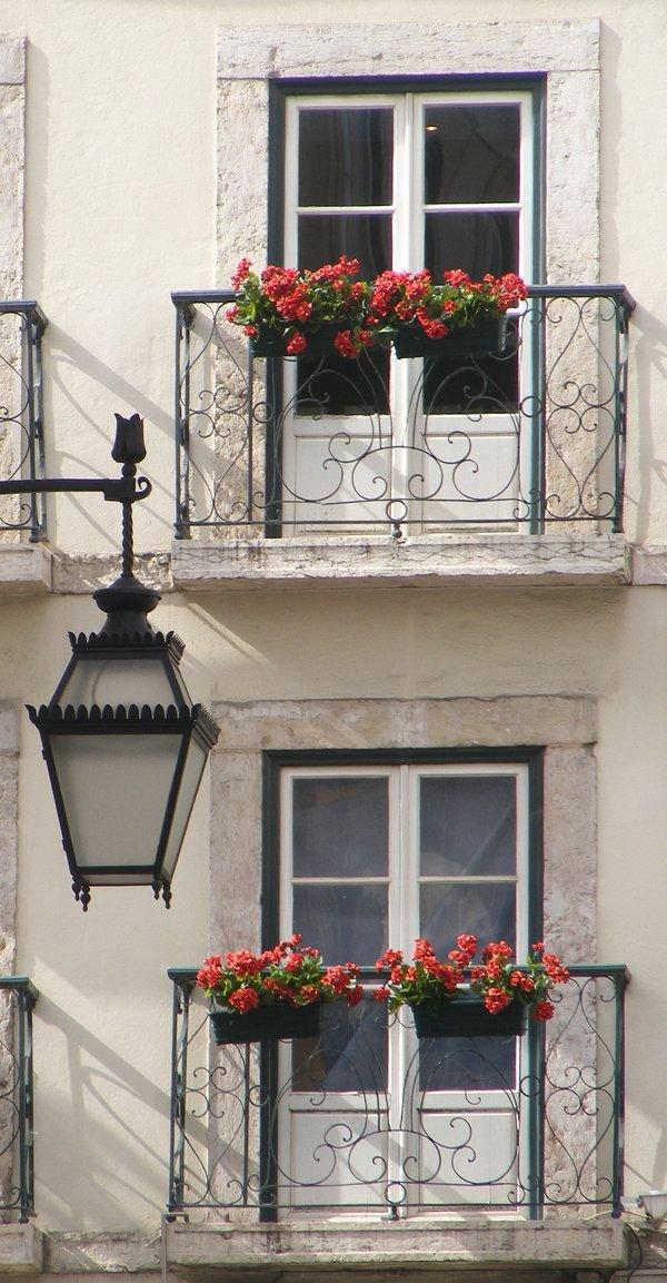 Фотография:  в стиле , Балкон, Квартира, Аксессуары, Мебель и свет, Терраса, Советы, Ремонт на практике, бюджетное обновление балкона, экономичный ремонт на балконе – фото на INMYROOM