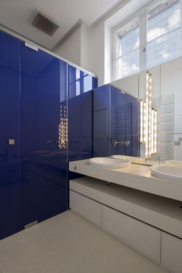 Фотография: Ванная в стиле Хай-тек, Квартира, Дома и квартиры – фото на INMYROOM
