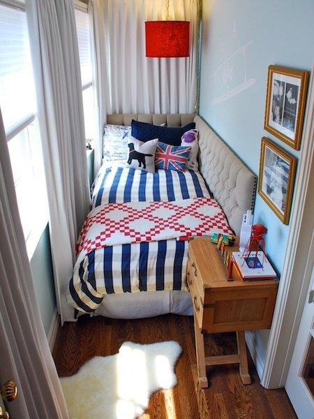 Фотография: Балкон, Терраса в стиле Скандинавский, Спальня, Интерьер комнат – фото на INMYROOM