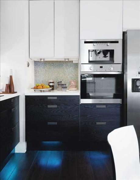 Фотография: Кухня и столовая в стиле Минимализм, Декор интерьера, Интерьер комнат – фото на INMYROOM