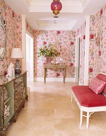 Фотография: Кабинет в стиле Прованс и Кантри, Декор интерьера, Дизайн интерьера, Мебель и свет, Цвет в интерьере, Стены, Розовый, Фуксия – фото на INMYROOM