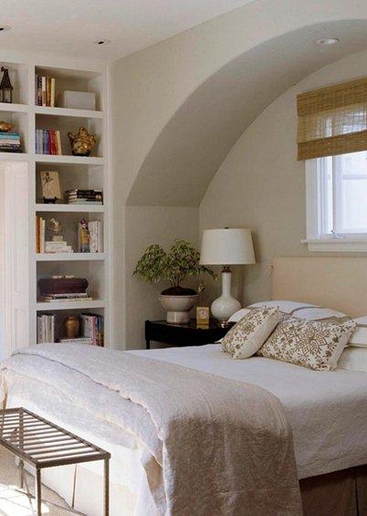 Фотография: Спальня в стиле Эко, Гардеробная, Декор интерьера, Интерьер комнат, Системы хранения, Кровать, Гардероб – фото на INMYROOM