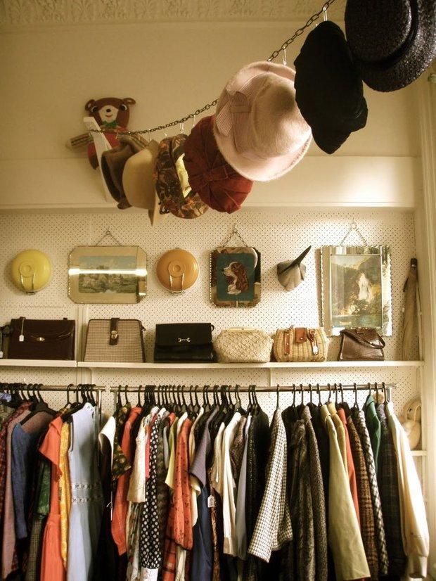 Фотография: Прочее в стиле , Гардеробная, Стиль жизни, Советы, Шкаф, Полки – фото на INMYROOM
