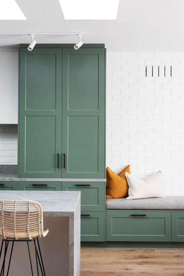 Фотография: Кухня и столовая в стиле Современный, Атмосфера в доме – фото на INMYROOM