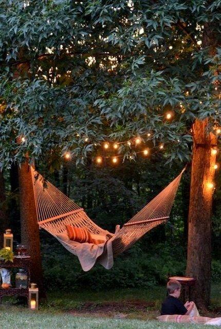 Фотография: Ландшафт в стиле , Мебель и свет, Дом и дача, как осветить дачный участок, как выбрать фонари для сада – фото на INMYROOM