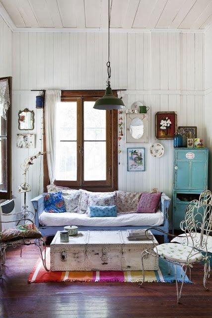 Фотография: Гостиная в стиле Скандинавский, Эклектика, Декор интерьера, Декор дома – фото на INMYROOM
