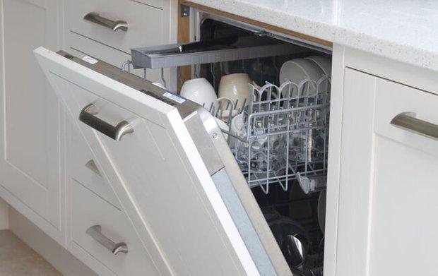 Фотография: Гостиная в стиле , Кухня и столовая, Перепланировка – фото на InMyRoom.ru