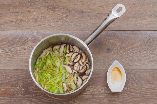 Фотография:  в стиле , Первое блюдо, Суп, Кулинарные рецепты, Варить, 15 минут, Японская кухня, Вкусные рецепты, Простые рецепты, Рецепты на 2015 год, Рецепты супов, Пошаговые рецепты, Новые рецепты, Рецепты с фото, Как приготовить быстро?, Как приготовить вкусно?, Просто – фото на INMYROOM