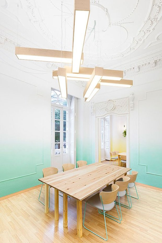Фотография: Кухня и столовая в стиле Эклектика, Декор интерьера, Аксессуары, Декор, Мебель и свет – фото на INMYROOM