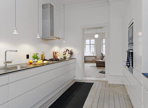 Фотография: Кухня и столовая в стиле Лофт, Скандинавский, Декор интерьера, Декор дома, Цвет в интерьере, Белый, Эко – фото на INMYROOM