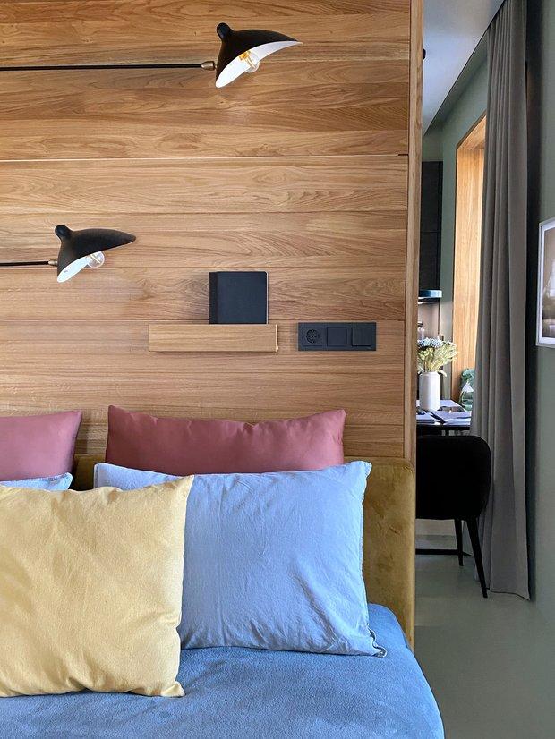 Фотография: Гостиная в стиле Современный, Квартира, Советы, Samsung, 1 комната, до 40 метров, Монолитно-кирпичный, the frame – фото на INMYROOM