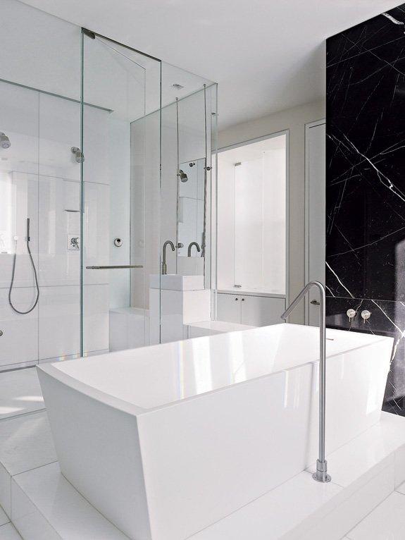 Фотография: Ванная в стиле Современный, Декор интерьера, Квартира, Дома и квартиры, Минимализм, Стены – фото на InMyRoom.ru