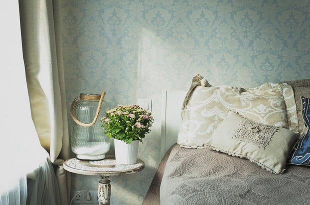 Фотография: Спальня в стиле Прованс и Кантри, DIY, Квартира, Переделка, Гид, герой – фото на INMYROOM