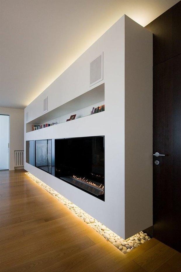 Фотография: Гостиная в стиле Современный, Минимализм, Декор интерьера, Декор, Мебель и свет, освещение – фото на INMYROOM