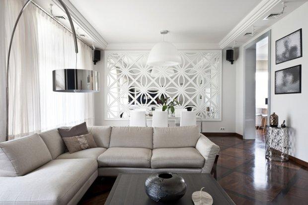 Фотография: Гостиная в стиле Современный, Декор интерьера, Декор дома, Зеркала – фото на INMYROOM