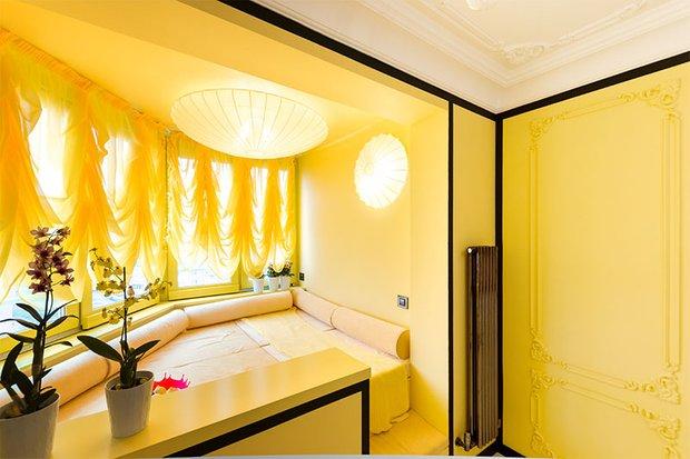 Фотография:  в стиле Классический, Современный, Спальня, Декор интерьера, Интерьер комнат – фото на INMYROOM