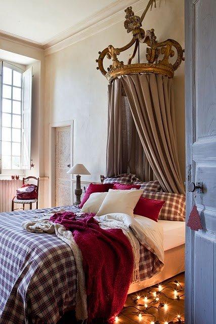 Фотография: Спальня в стиле Классический, Современный, Декор интерьера, Декор дома, Подушки, Плед – фото на InMyRoom.ru