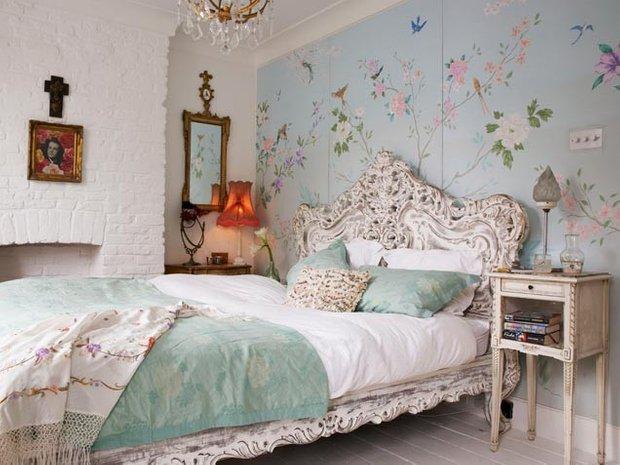 Фотография: Спальня в стиле , Классический, Декор интерьера, Интерьер комнат, Цвет в интерьере, Белый, Черный, Серый – фото на INMYROOM