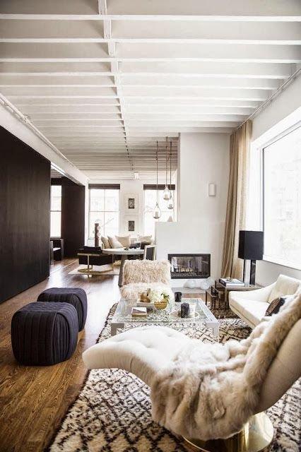 Фотография: Гостиная в стиле Скандинавский, Декор интерьера, Текстиль, Декор, Текстиль – фото на INMYROOM