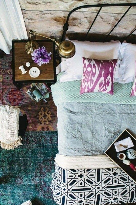 Фотография: Прочее в стиле , Спальня, Интерьер комнат, Подушки, Ковер – фото на INMYROOM