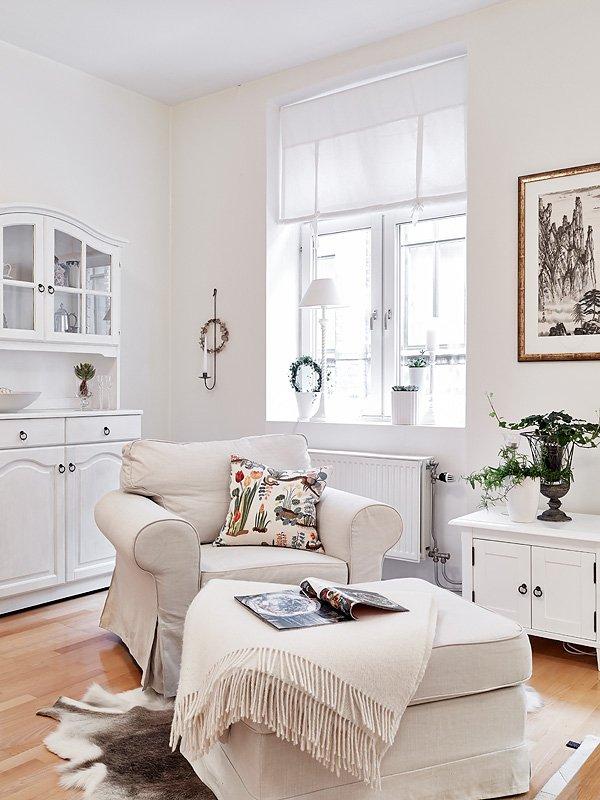 Фотография: Прочее в стиле , Скандинавский, Малогабаритная квартира, Квартира, Швеция, Цвет в интерьере, Дома и квартиры, Белый, Гетеборг – фото на INMYROOM