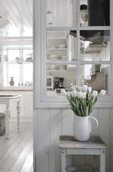Фотография: Кухня и столовая в стиле Прованс и Кантри, Декор интерьера, Декор дома, Ширма, Перегородки – фото на INMYROOM