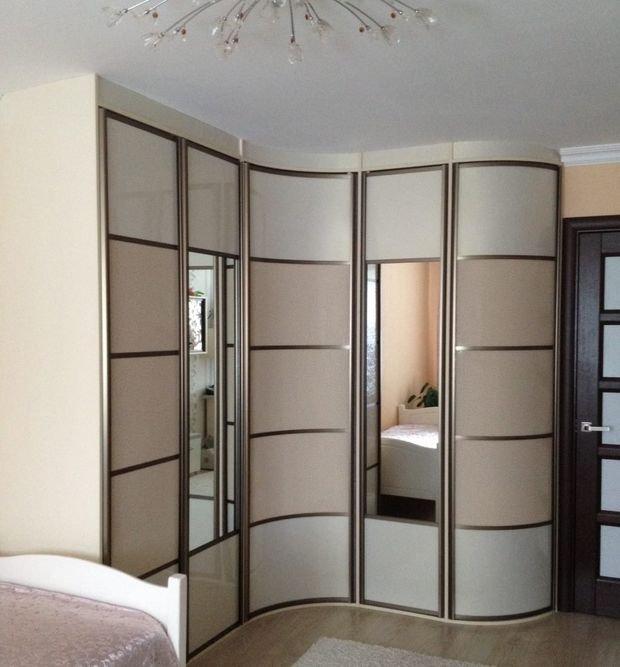 Фотография: Декор в стиле Классический, Спальня, Декор интерьера, Квартира, Дом, Мебель и свет, Советы – фото на INMYROOM
