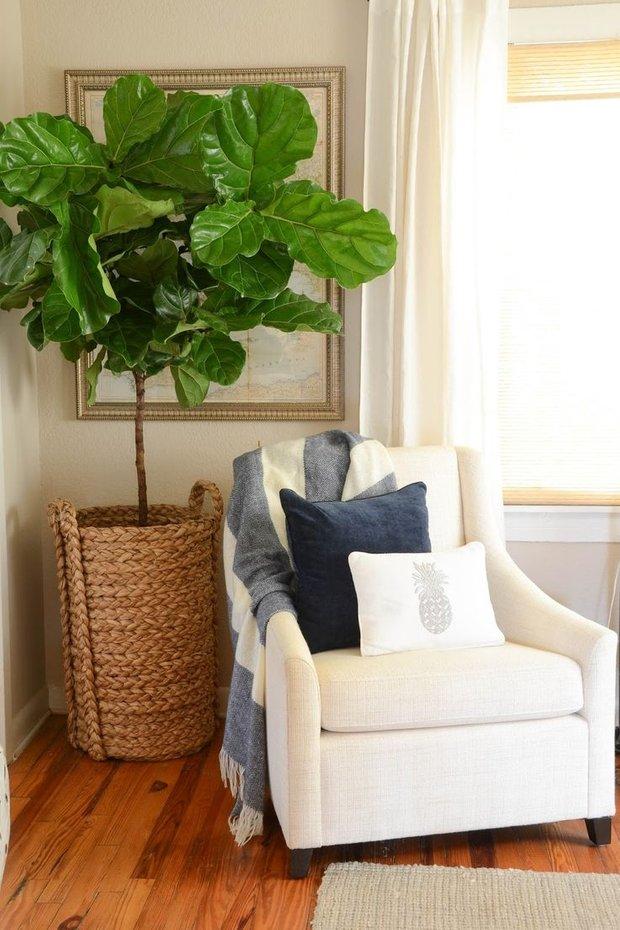 Фотография: Декор в стиле Прованс и Кантри, Декор интерьера, Мебель и свет, Советы, Белый, как оформить пустой угол, пустой угол в квартире – фото на INMYROOM