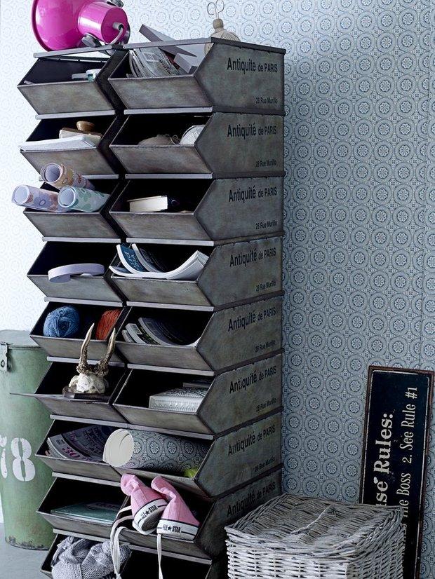 Фотография:  в стиле Прованс и Кантри, Современный, Прихожая, Интерьер комнат, Системы хранения – фото на InMyRoom.ru