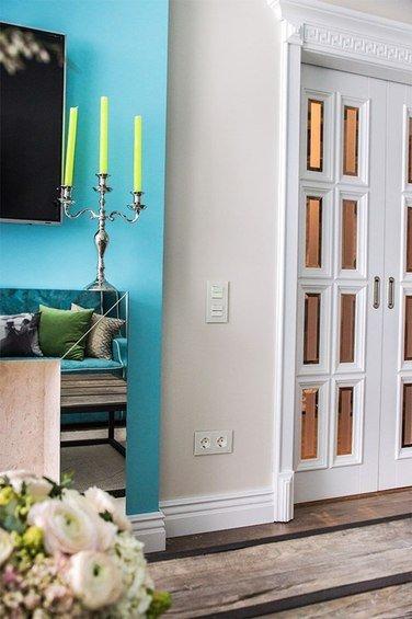 Фотография: Прихожая в стиле Классический, Современный, Гостиная, Декор интерьера, Интерьер комнат – фото на INMYROOM