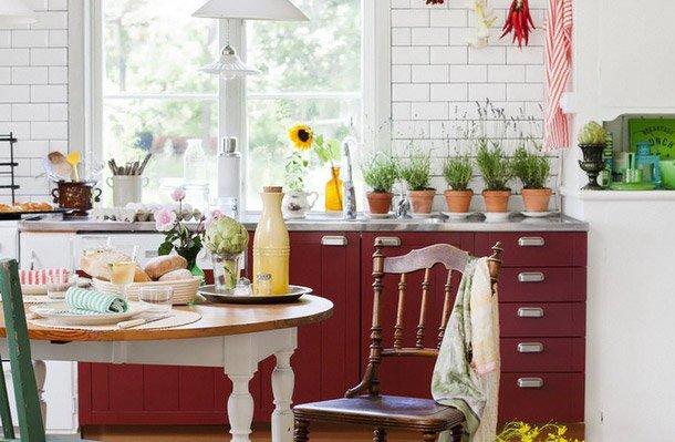 Фотография: Кухня и столовая в стиле , Прованс и Кантри, Интерьер комнат – фото на INMYROOM