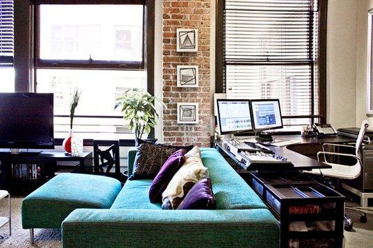 Фотография: Гостиная в стиле Лофт, Декор интерьера, Декор дома, Ширма, Перегородки – фото на INMYROOM