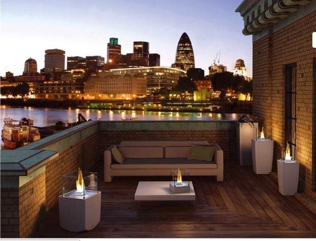 Фотография: Балкон, Терраса в стиле Современный, Индустрия, Новости, Камин, Биокамин – фото на INMYROOM