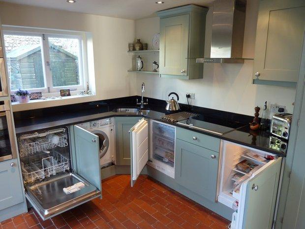 Фотография: Спальня в стиле Классический, Кухня и столовая, Перепланировка, Finish – фото на INMYROOM