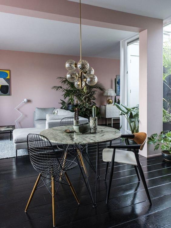 Фотография: Кухня и столовая в стиле Скандинавский, Декор интерьера, Декор, Розовый – фото на INMYROOM