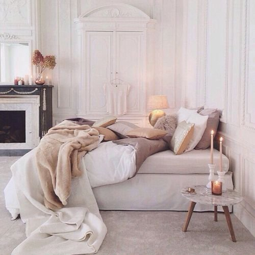 Фотография: Спальня в стиле Эклектика, Советы, Гид, интерьерный гороскоп, Листрата Элс – фото на INMYROOM
