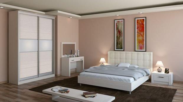 Фотография: Спальня в стиле Классический, Декор интерьера, Квартира, Дом, Мебель и свет, Советы – фото на INMYROOM