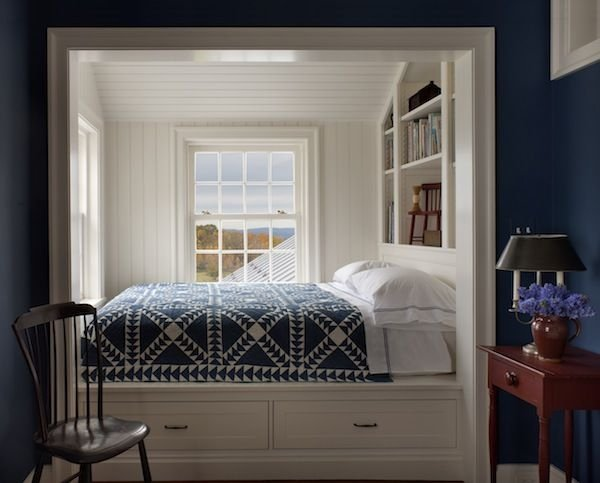 Фотография: Спальня в стиле Прованс и Кантри, Гостиная, Интерьер комнат – фото на INMYROOM