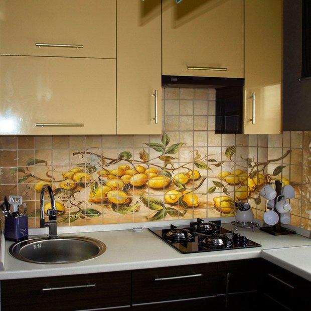 Фотография: Кухня и столовая в стиле Современный, Декор интерьера, Декор дома, Плитка, Ремонт на практике – фото на InMyRoom.ru