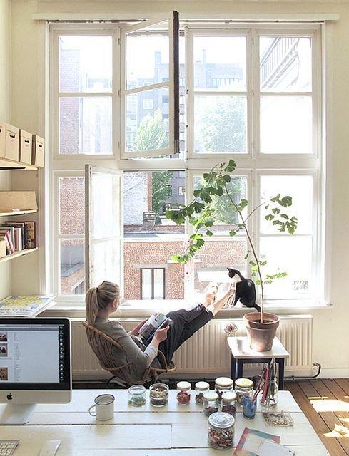 Фотография: Офис в стиле Прованс и Кантри, Современный, Квартира, Дома и квартиры, Советы, Стены, Подушки, Ремонт на практике – фото на INMYROOM