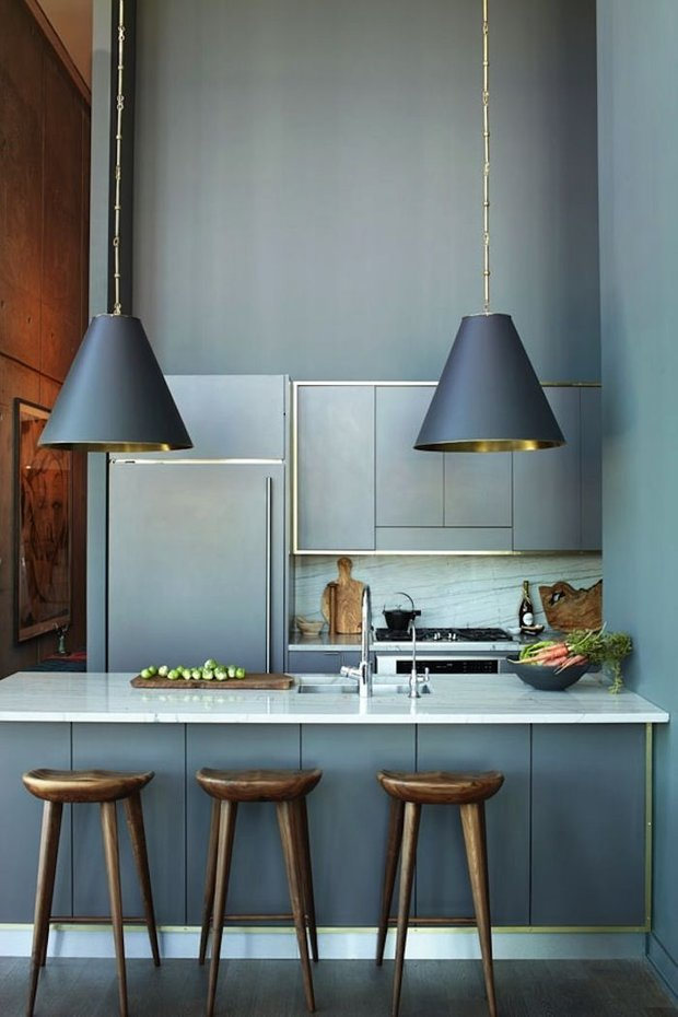 Фотография: Кухня и столовая в стиле Лофт, Минимализм, Современный, Малогабаритная квартира, Квартира, Мебель и свет, дизайн маленькой кухни, как обустроить маленькую кухню, идеи для маленькой кухни, kuhnya-8-kv-metrov – фото на INMYROOM