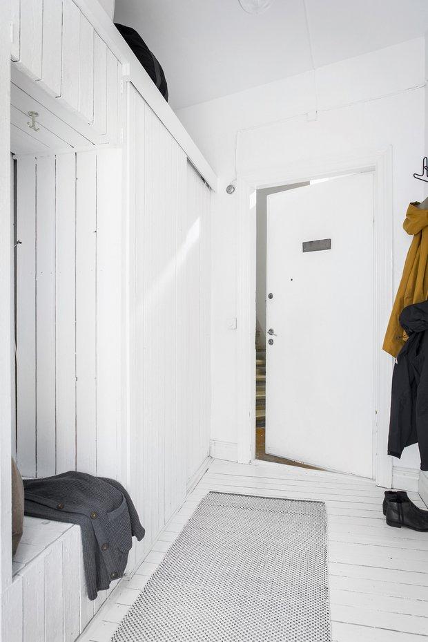 Фотография: Прихожая в стиле Скандинавский, Декор интерьера, Квартира, Швеция, Белый, Гетеборг, 2 комнаты, 40-60 метров – фото на INMYROOM