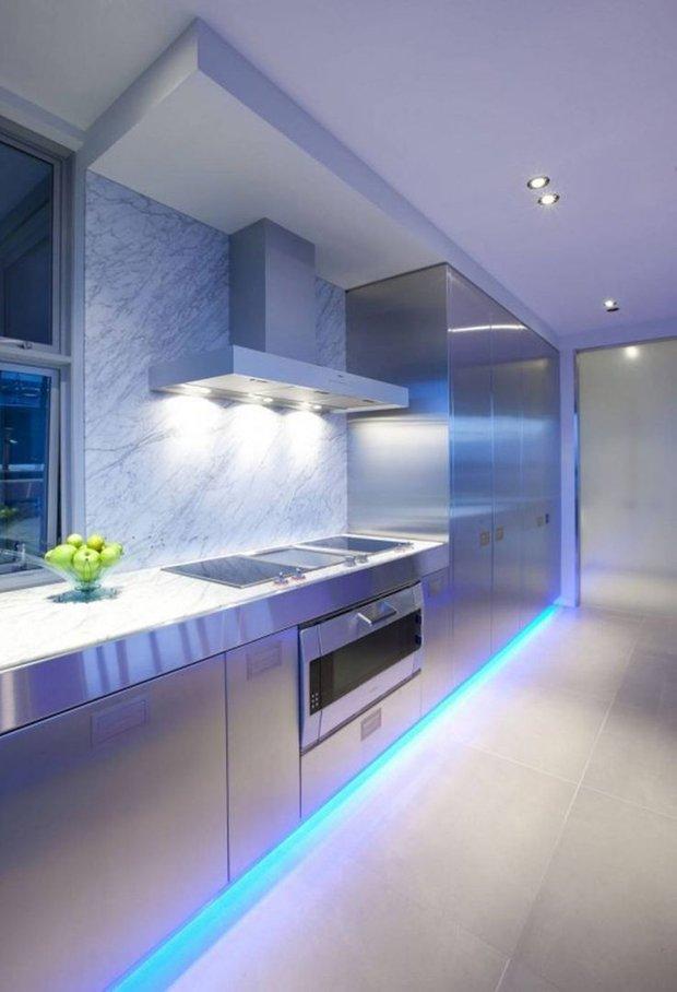 Фотография: Кухня и столовая в стиле Хай-тек, Минимализм, Декор интерьера, Декор, Мебель и свет, освещение – фото на INMYROOM