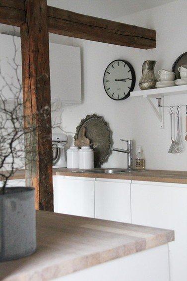 Фотография: Кухня и столовая в стиле Скандинавский, Дом, Интерьер комнат – фото на INMYROOM