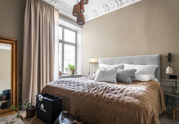Фотография: Спальня в стиле Скандинавский, Классический, Декор интерьера, Швеция, Бежевый, Стокгольм, Серый, 3 комнаты, 60-90 метров – фото на INMYROOM