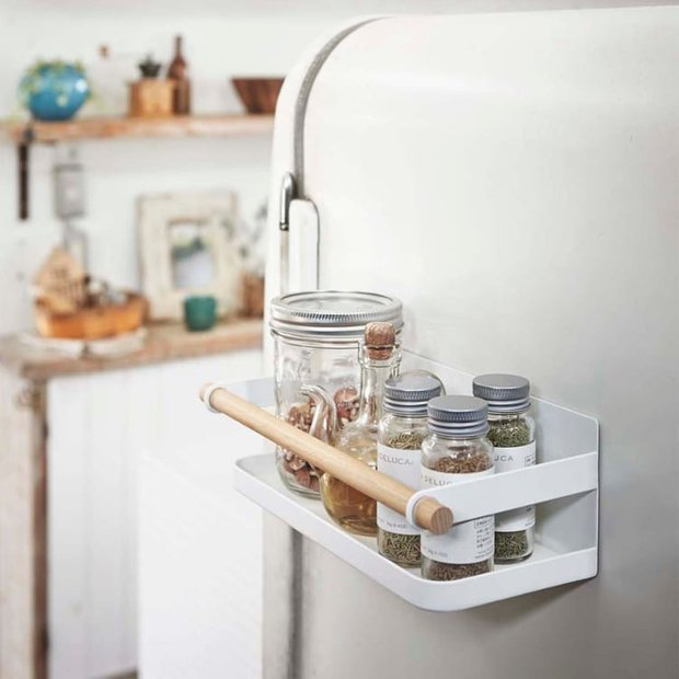 Фотография:  в стиле , Кухня и столовая, Перепланировка, Finish – фото на INMYROOM